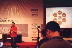 https://dmd.binus.ac.id/wp-content/blogs.dir/1/files/2013/11/Danu-Widhyatmoko-Menyampaikan-Materi-WordPress-in-Higher-Education-Institution-2.jpg